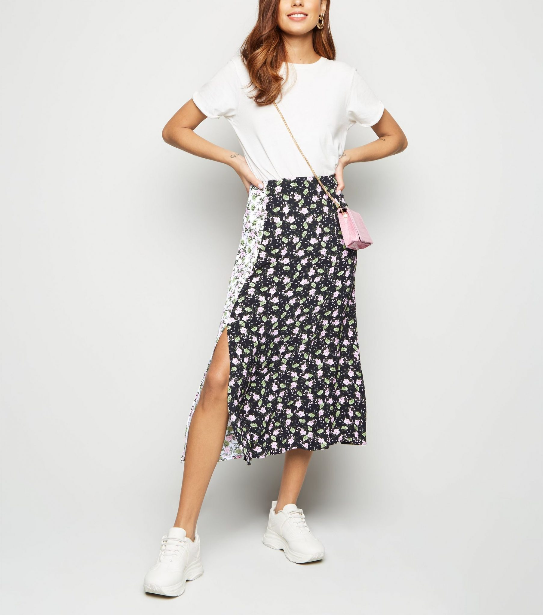 60497183d ... this €25 mixed floral print skirt from New Look, which we know is going  to be one for those pieces we'll be reaching for again and again this  spring.