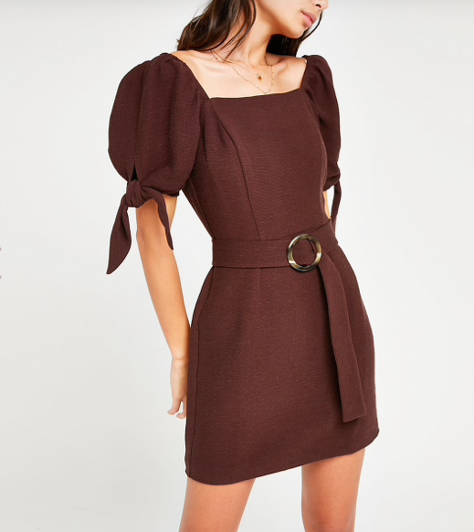 65ba4dde8b The super flattering €60 River Island dress that needs to get in my ...
