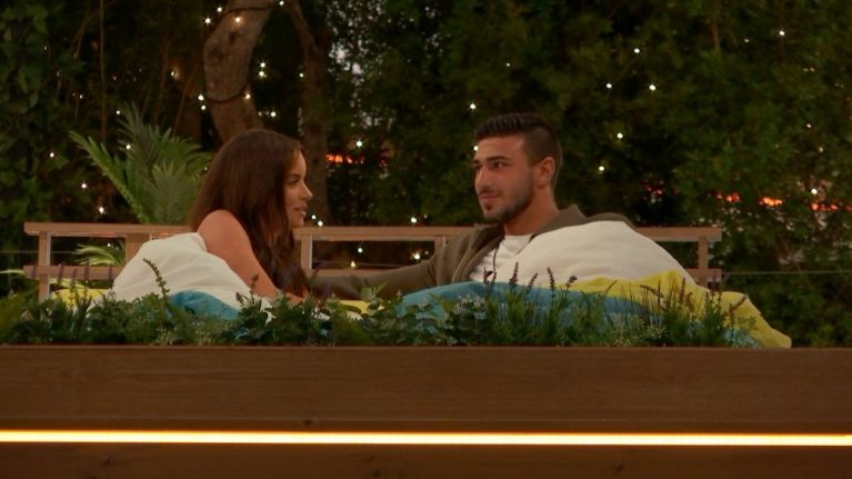 Maura is having none of Tom's bad excuses in tonight's 'Love Island'