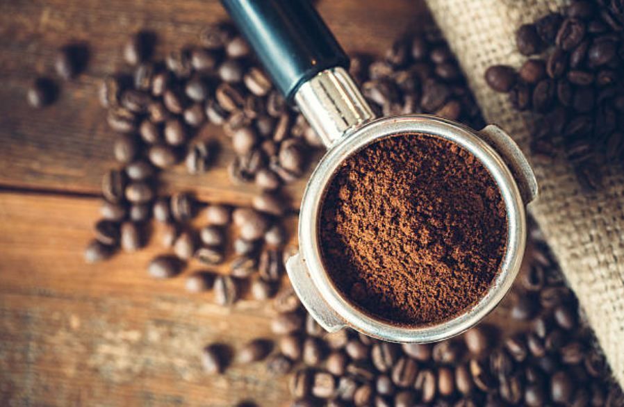 Drinking coffee could help to fight obesity, study suggests | Her ie