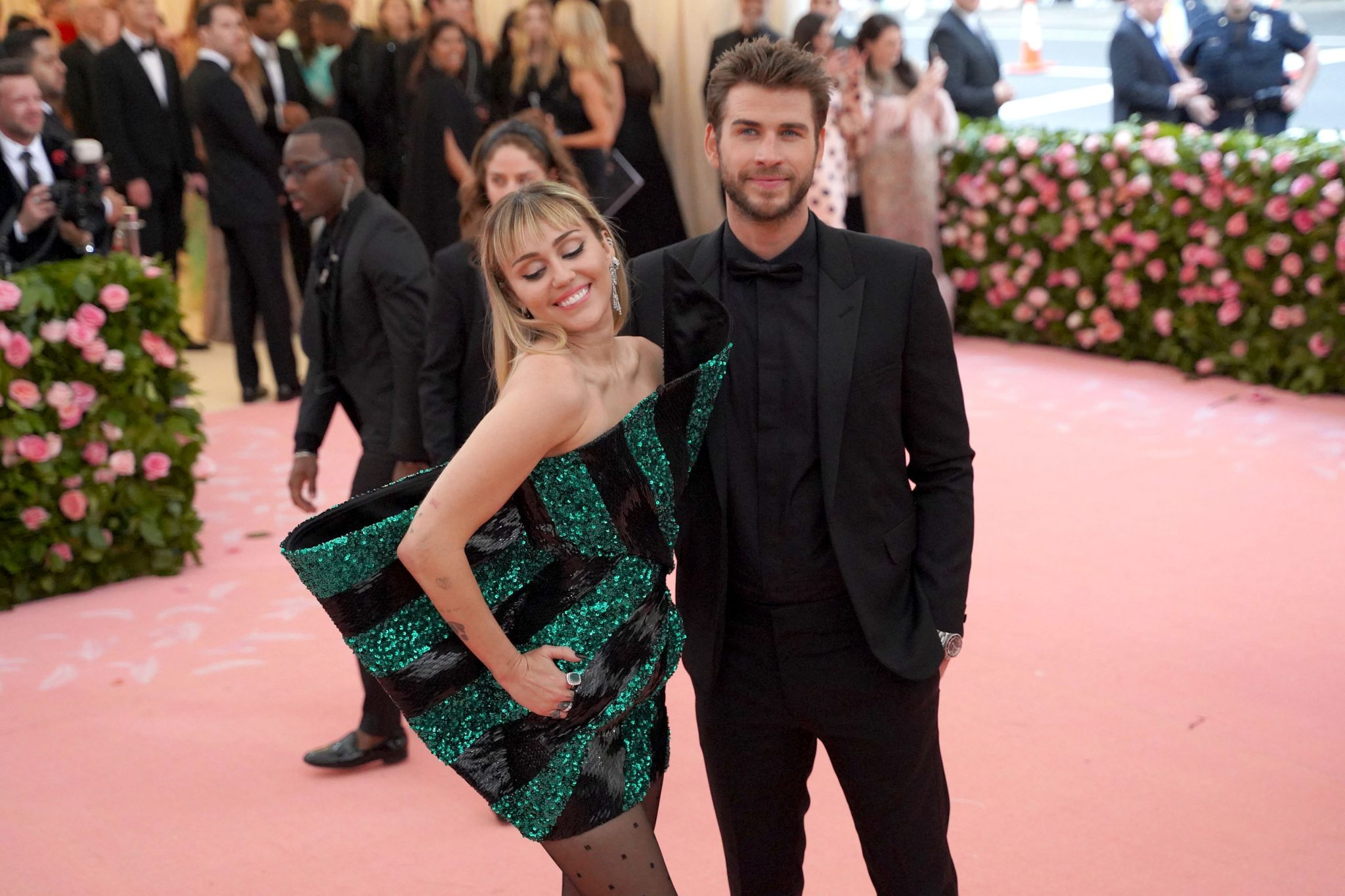 Miley Cyrus Wedding.Miley Cyrus And Liam Hemsworth Split After Nine Months Of Marriage