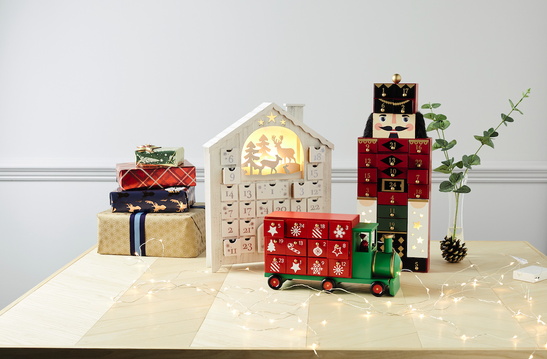Is It Christmas.Aldi S Wine Advent Calendar Is Coming Back Next Month And