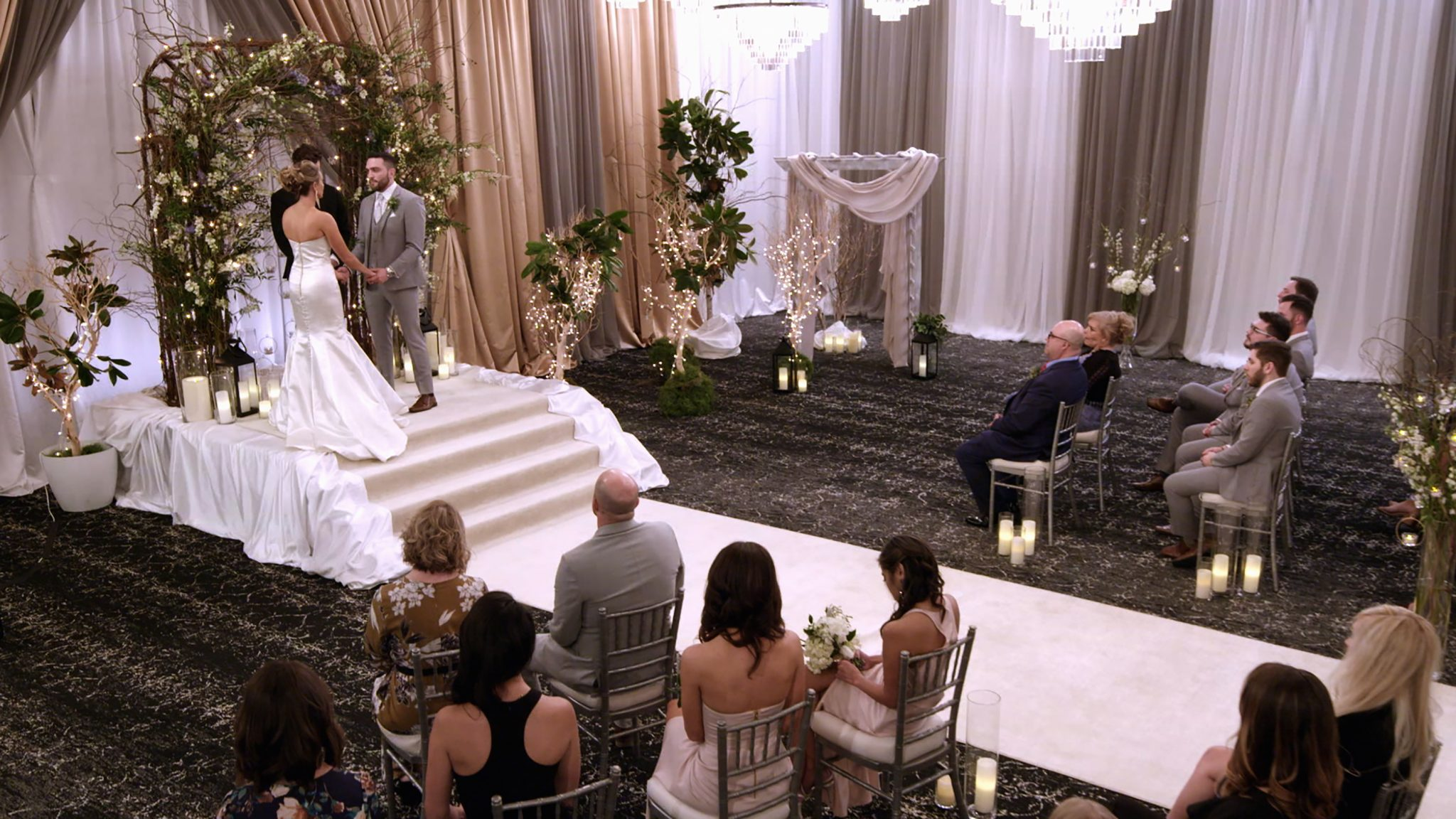 'Love Is Blind': Reunion Special Set For Nick & Vanessa Lachey's Netflix Series